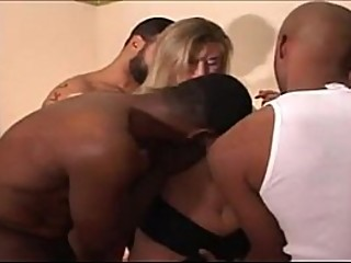 Bulls fucking wife and cum inside twice each - gozaram duas vezes na esposa